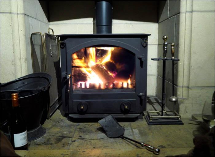 コテージ暖炉