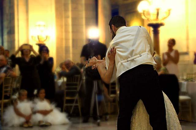 イギリスの結婚式のダンスパーティー