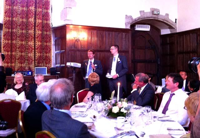 イギリスの結婚式におけるベストマンのスピーチ
