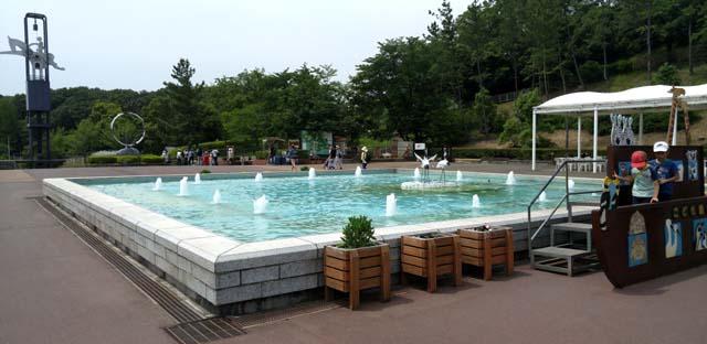 埼玉こども動物自然公園-噴水広場
