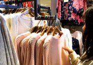 イギリスでの洋服買い物の様子